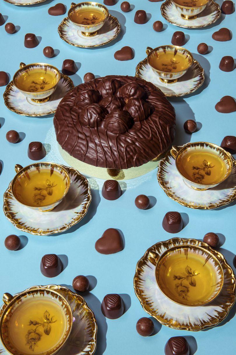 Queen Elizabeth II / Chocolate and Tea - © Dan Bannino