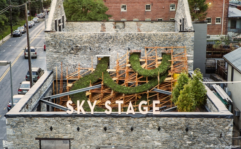 Sky stage artist transforms burned building into living for Interactive house builder