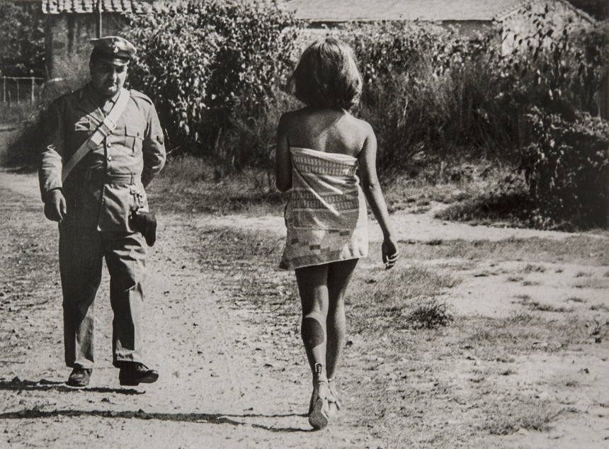 Ostia, Rome 1964 - Gianni Berengo Gardin