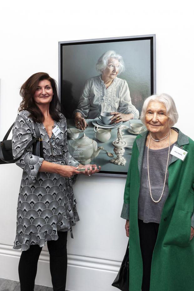 Miriam Escofet with her mother