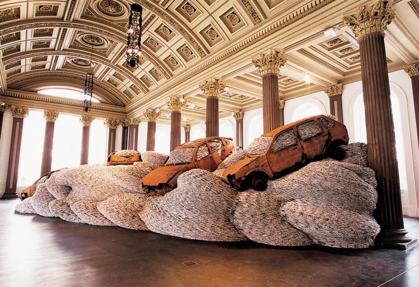 Bangers n Mash (Gallery of Modern Art, Glasgow, 2002)