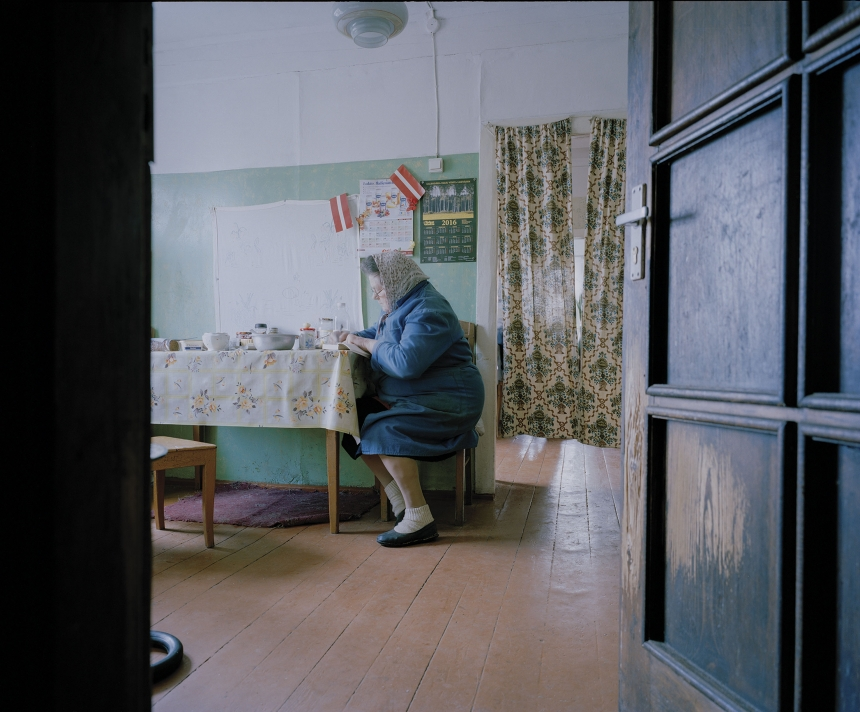 From the series 'Homeland' The Longest Village in the Country © Georgs Avetisjans
