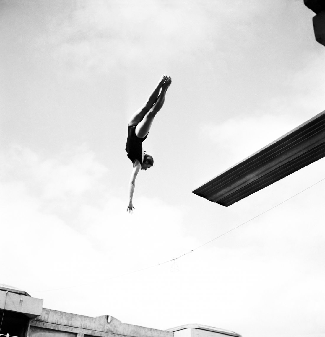 Winner Of Female Diving Contest Blandine Fagedet At the Swimming Pool Georges Vallerey In Paris, France, on July 13, 1962. (Photo by Keystone-France/Gamma-Rapho via Getty Images)
