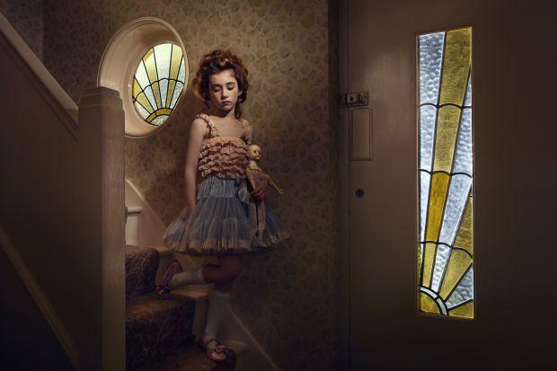 Waiting. © Gillian Hyland