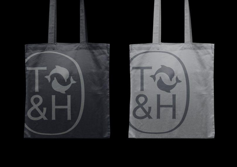 © Thames & Hudson Tote bags