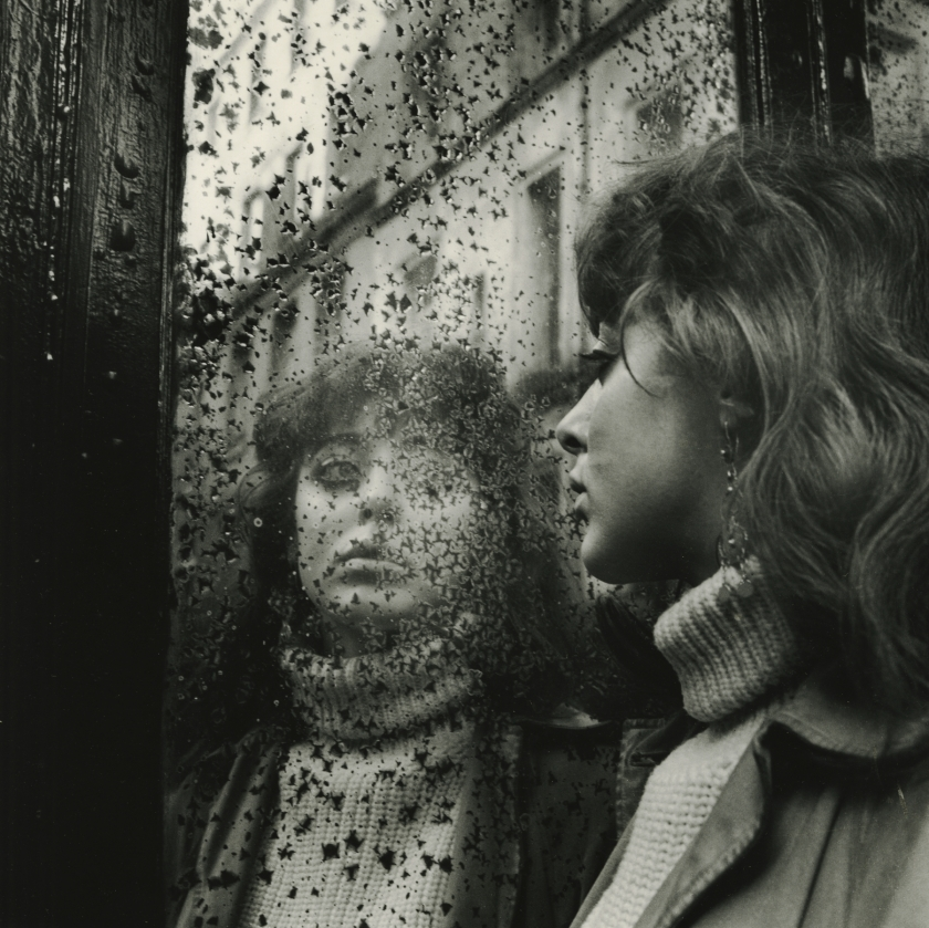Vali Myers in Saint Germain des Pres, Paris, 1951. All images copyright Ed van der Elsken, courtesy of Howard Greenberg Gallery, New York
