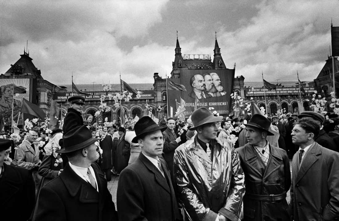 KGB, Red Square, Moscow, 1959 © William Klein