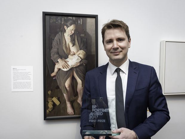 Benjamin Sullivan First Prize Winner of the BP Portrait Award 2017, with his portrait Breech! Photography © Jorge Herrera