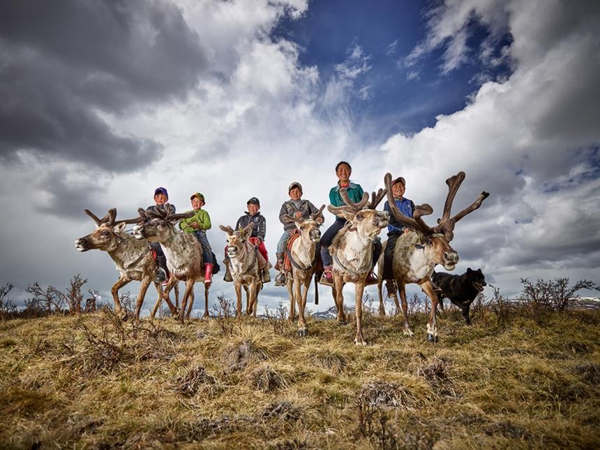 Reindeer Farmer Kids - Peter Voss: Reindeer farmer kids in Mongolia. (Open Smile)