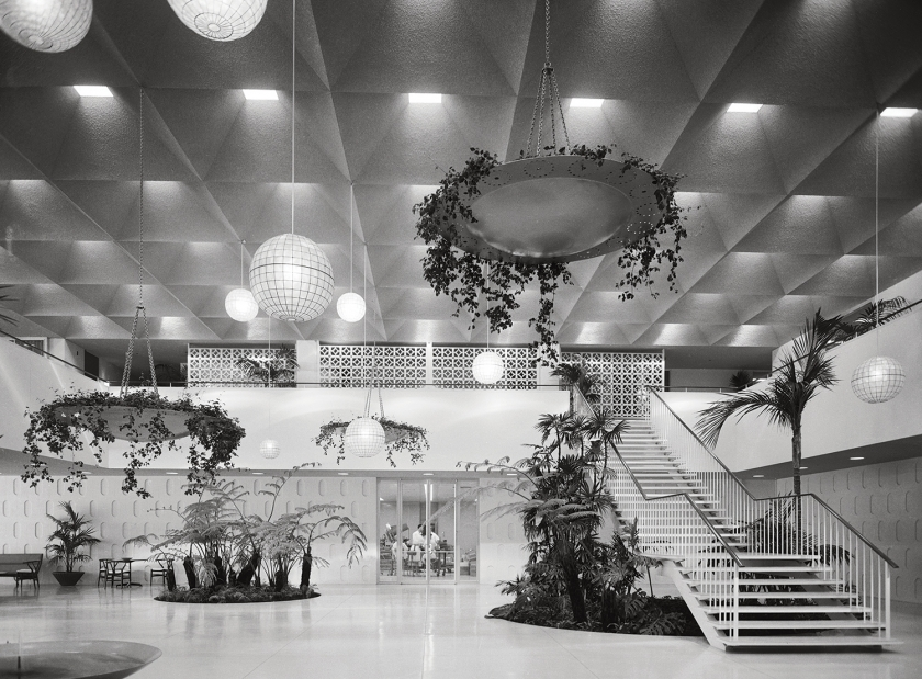 Edward Durell, Stone Stuart Pharmaceutical Company, Pasadena, 1958. Picture credit: courtesy of the Estate of Marvin Rand