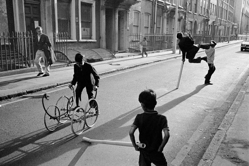 Fournier Street,London E1 1974 © Paul Trevor