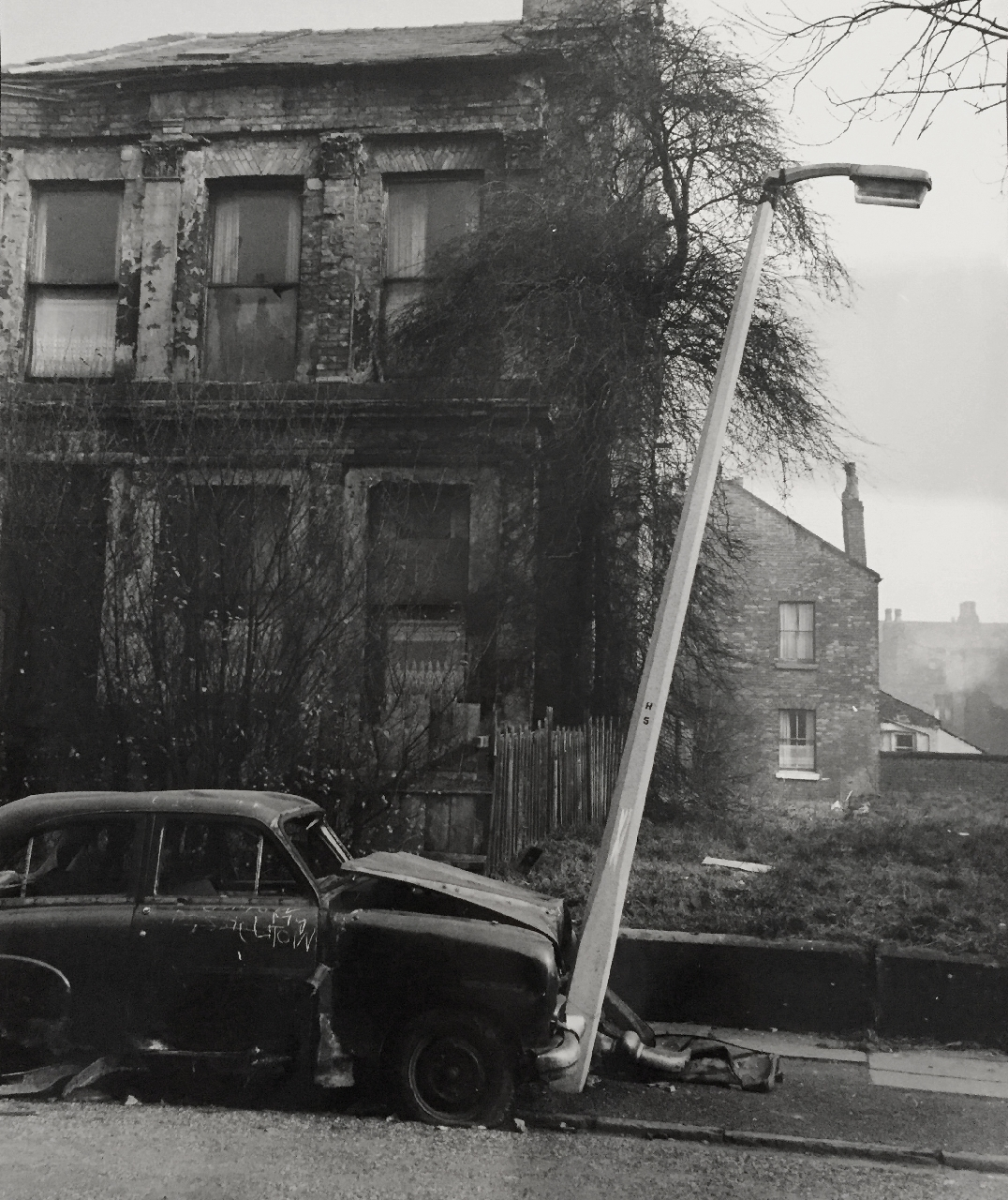 Shirley Baker, Abandoned Car 1961. Courtesy the artist estate