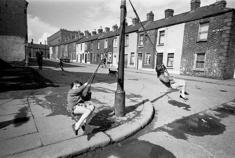 Milton Street, Belfast, 1969, David Lewis-Hodgson © David Lewis-Hodgson / Mary Evans Picture Library