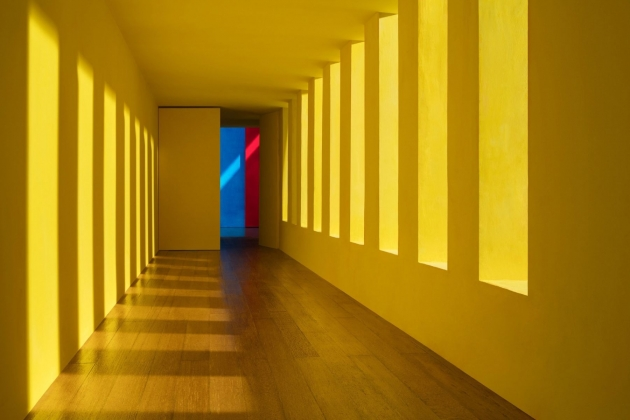 Yellow Passage, 2017© James Casebere