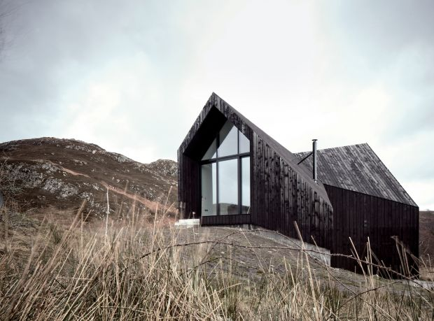 House at Camusdarach Sands, Stormness, Scotland, UK, 2013, Raw Architecture. Picture credit: Raw Architecture Workshop (page 20-21)