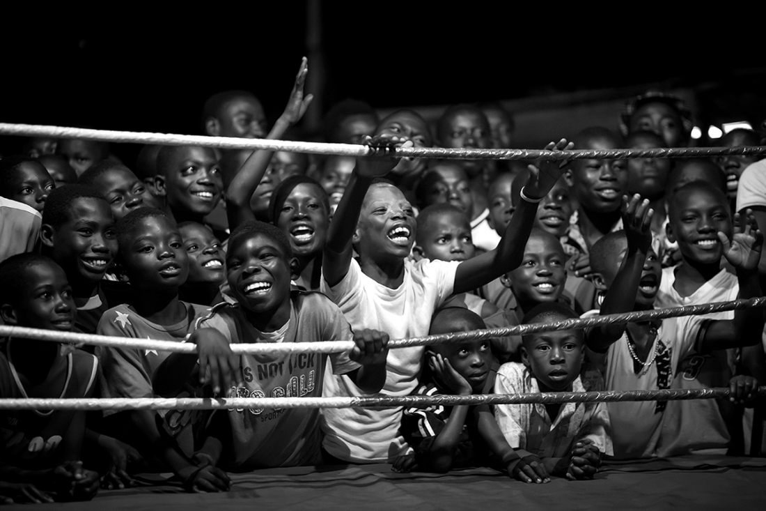 Fight for your Dreams, The Boxers of Bukon - Patrick Sinkel: If one is thinking about countries being successful in boxing, just a few will have Ghana in mind. But Ghana produced a couple of world champions in boxing - the most famous one being Azumah Nelson. (Professional Sport)