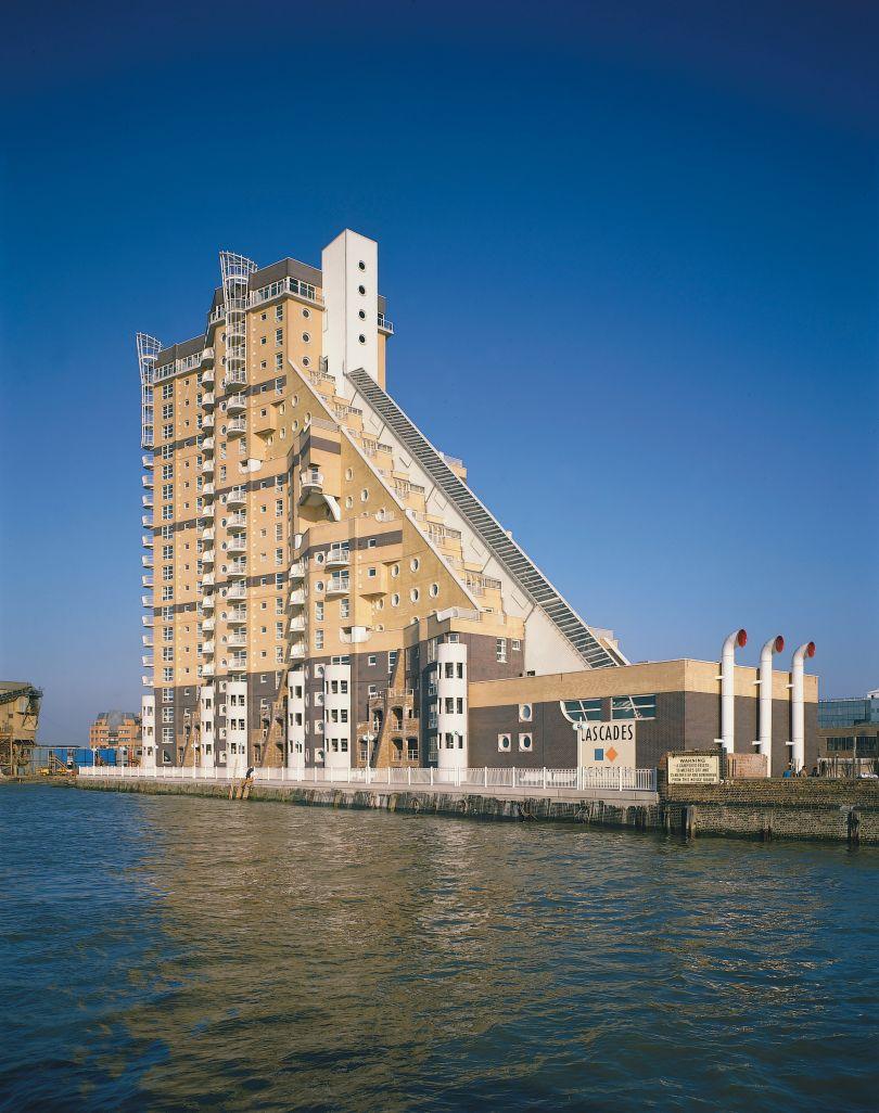CZWG Architects, Cascades, London, 1988. Credit: John and Jo Peck