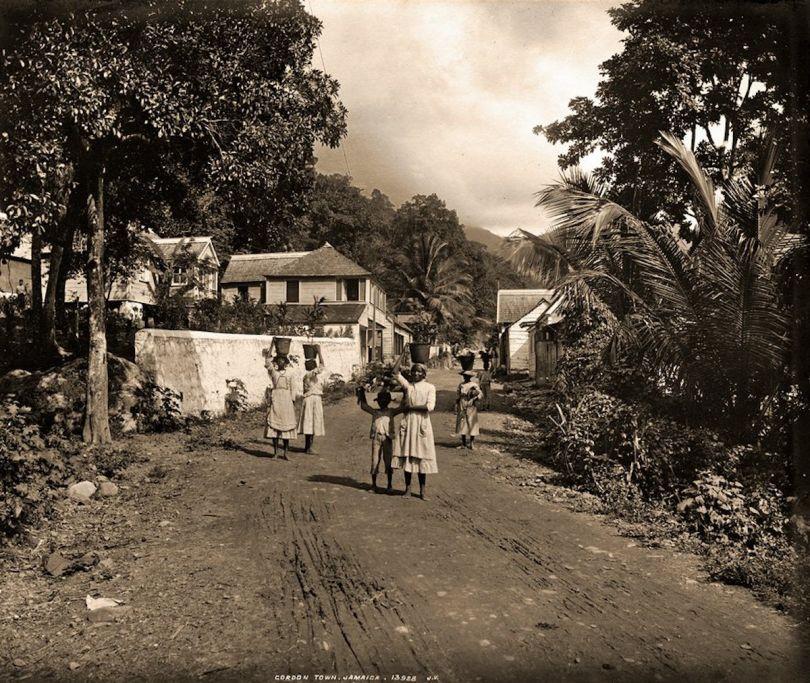 Gordon Town, Jamaica. James Valentine & Sons, 1891. Courtesy Caribbean Photo Archive / Autograph ABP
