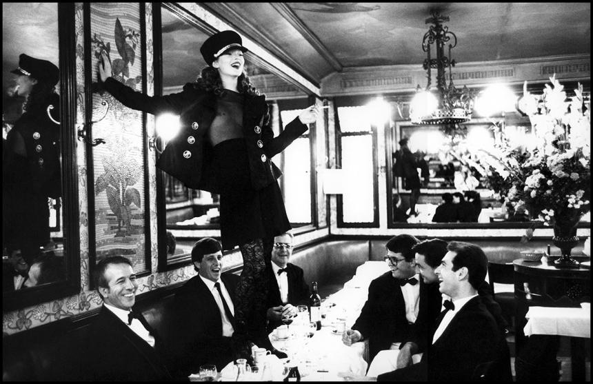 Arthur Elgort, Kate Moss, 1993, Cafe Lipp, Paris, Courtesy Atlas Gallery