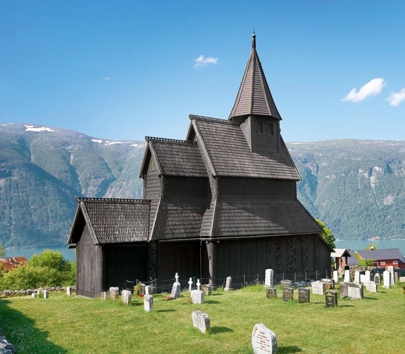 Urnes Church, Ornes, Norway, 12th century, Anonymous. Picture credit: Jan Wlodarczyk (page 94)