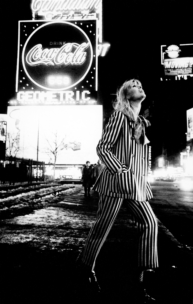 Nico in Times Square, New York, 1972. © Steve Schapiro, courtesy Howard Greenberg Gallery, New York