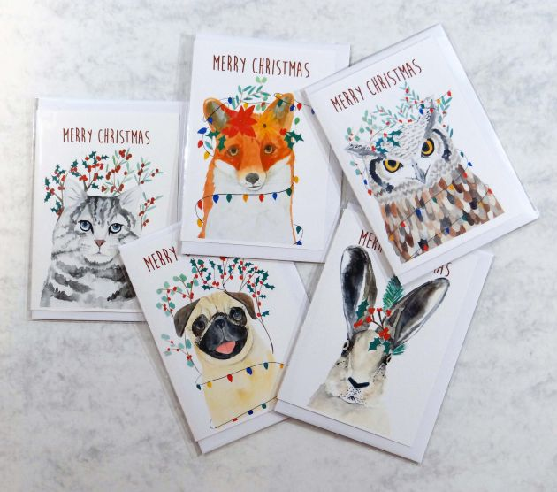 Christmas Creatures by [Pippa & Paper](https://www.etsy.com/uk/listing/741127834/christmas-card-set-woodland-animal)