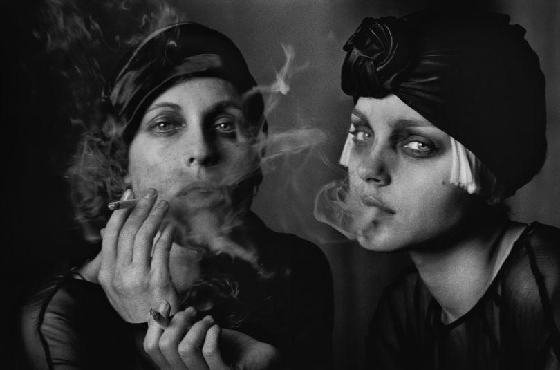 Sabisha Friedberg & Jessica Stam, Paris, 2007 © Peter Lindbergh. Courtesy of Peter Lindbergh, Paris