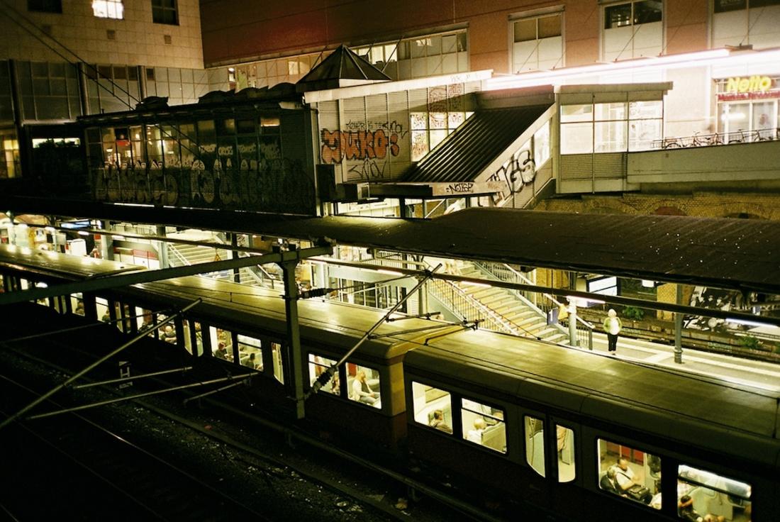 Schönhauser Allee 6 JPG-Format (4.396 KB) 2500 x 1673 Pixel © Ama Split and Riky Kiwy