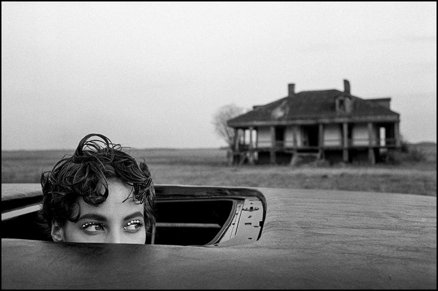Arthur Elgort, Christy Turlington, 1990, New Orleans, Courtesy Atlas Gallery