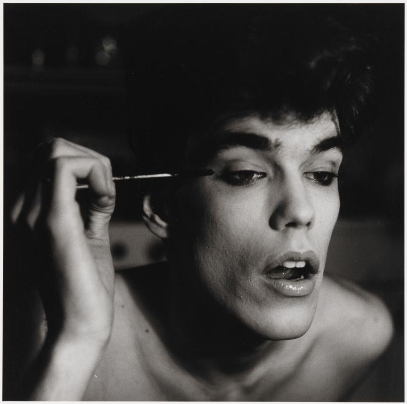 Peter Hujar – David Brintzenhofe Applying Makeup (II), 1982 © 1987 The Peter Hujar Archive LLC; Courtesy Pace/MacGill Gallery, New York and Fraenkel Gallery, San Francisco